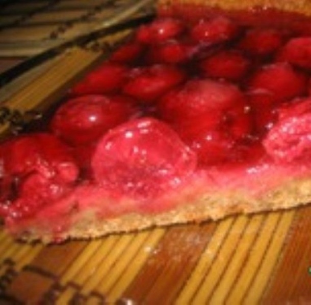 Вишнeвый пирог из овсяного печенья