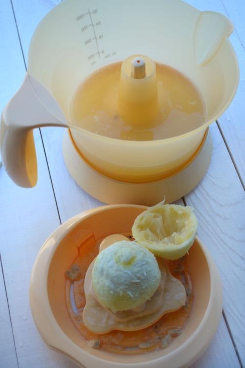 Лимонный влажный кекс