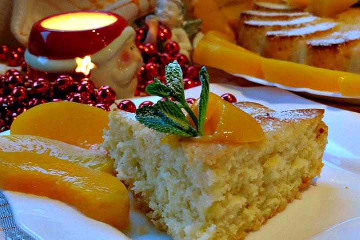 Ароматный пирог с абрикосами