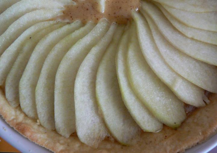 Пирог с миндальным кремом
