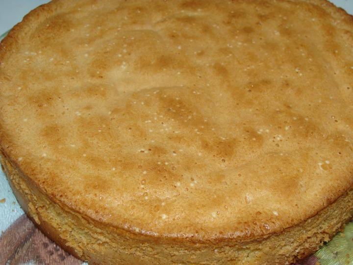 Быстрый торт со взбитыми сливками