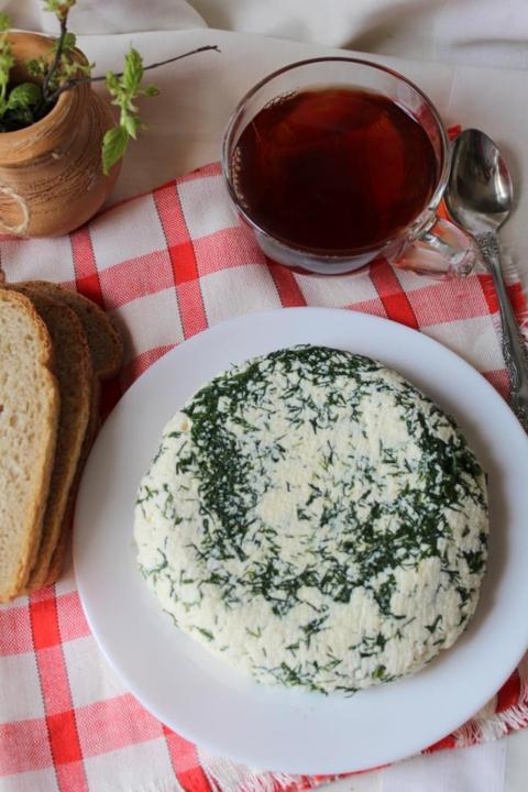 Адыгейский сыр с укропом