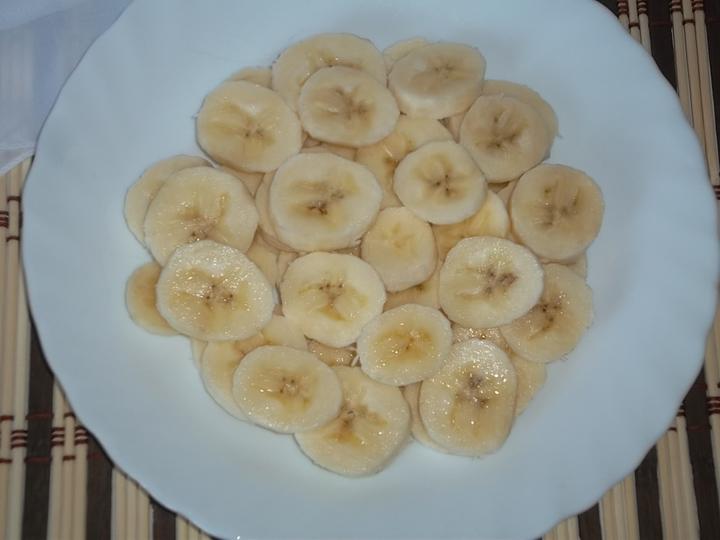 Салат из яблок и банана