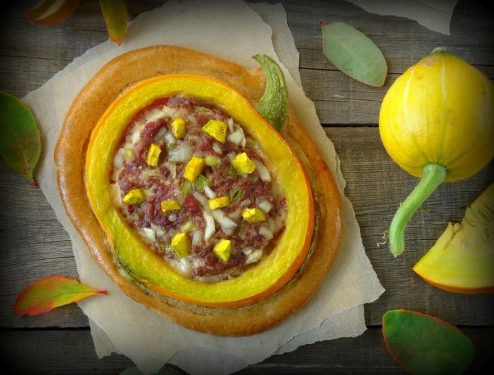 Пирог-тыква с мясным фаршем
