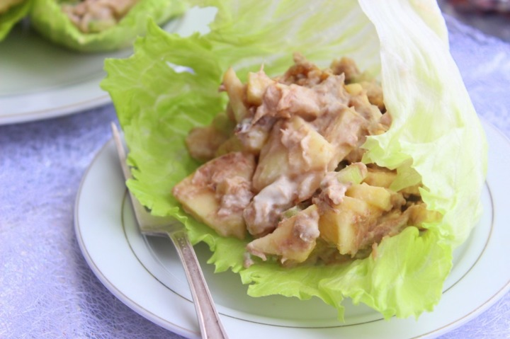 Уолдорфский салат с тунцом