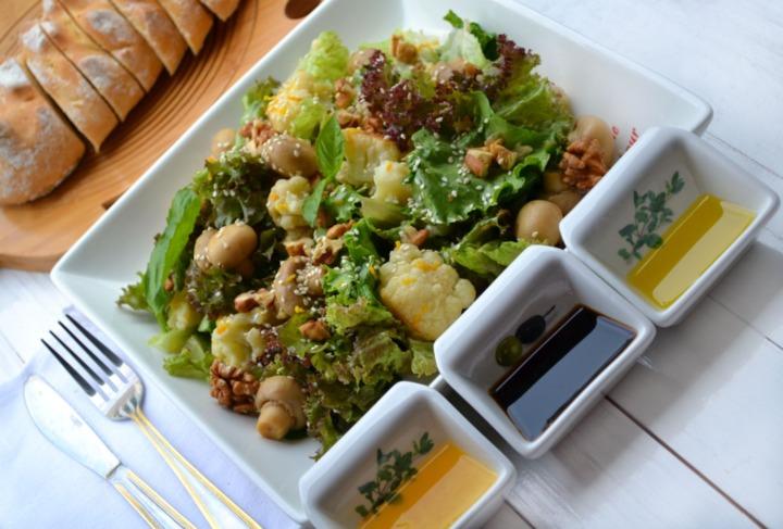 Салат в японском стиле