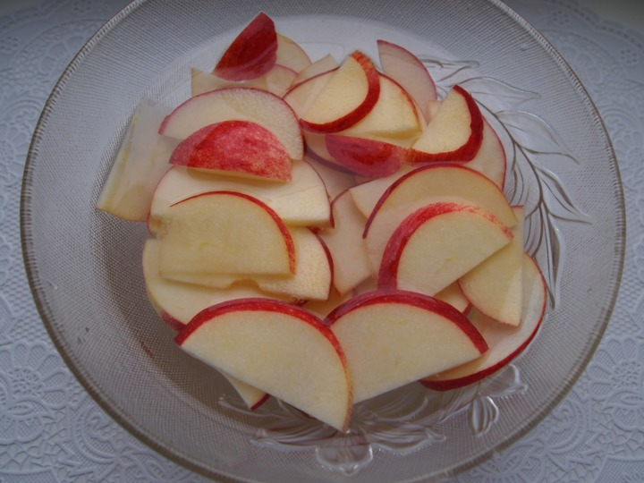 Творожные корзиночки с яблоками