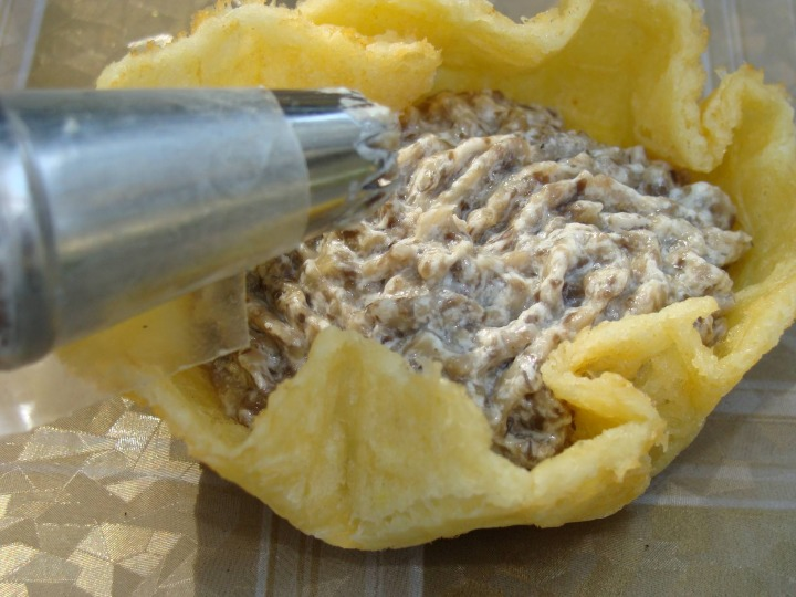 Сырные трубочки с кремом