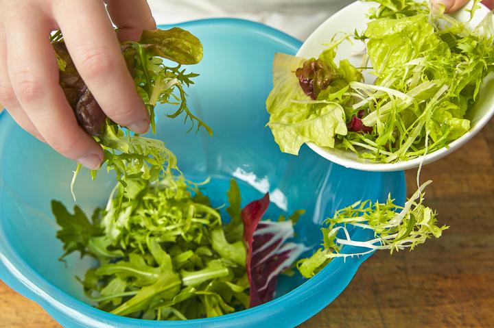 Салат с кроликом