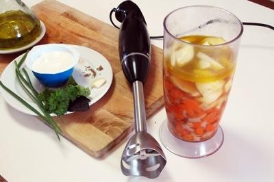 Холодный крем-суп с морковью и йогуртом