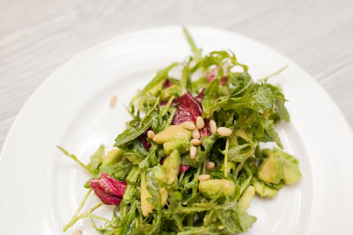 Легкий зеленый салат