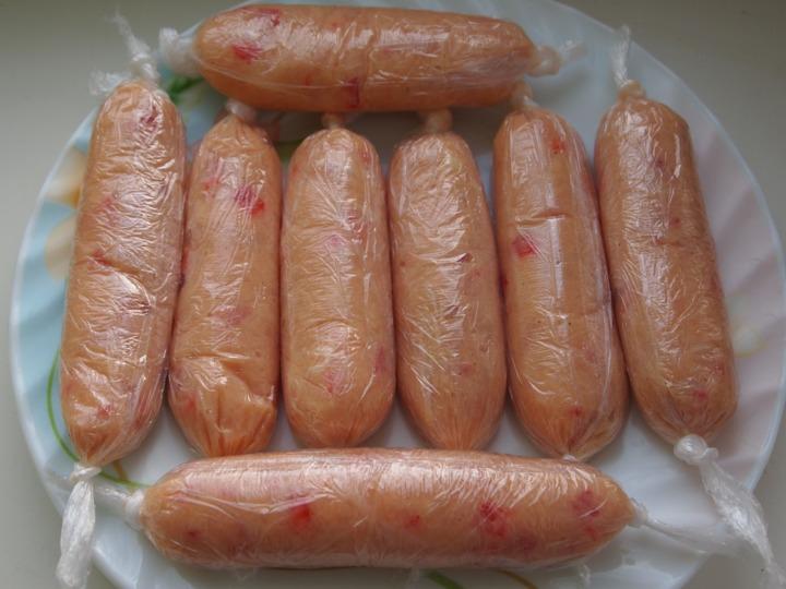 Куриные сосиски в тесте