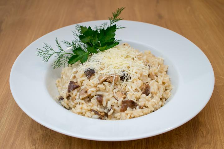 Сытное блюдо: ризотто с грибами шиитаки
