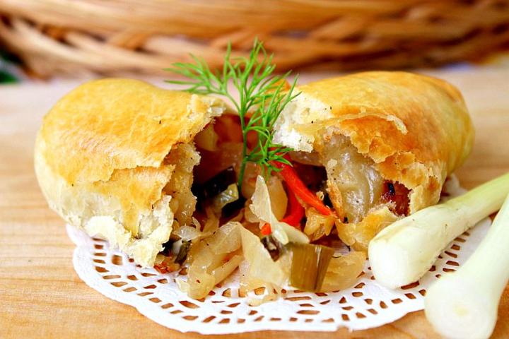 Вэрзэре (пироги с капустой)
