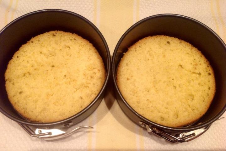 Мини-торты с манго
