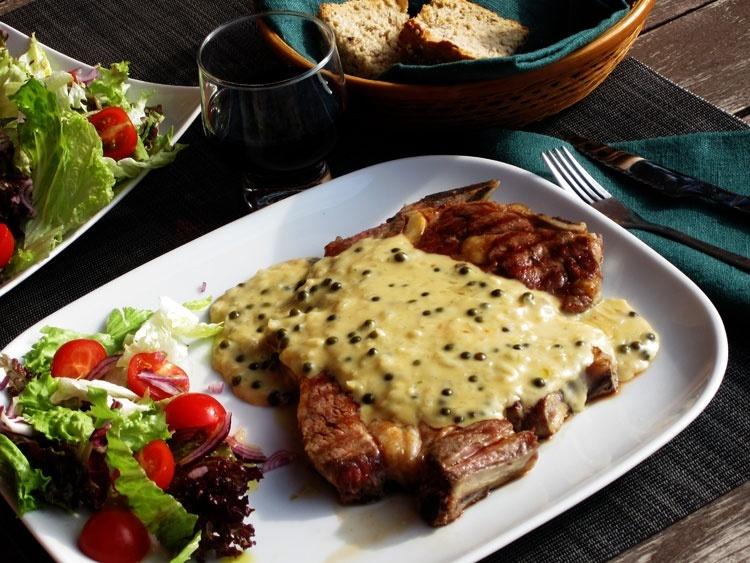 Мясо по-французски