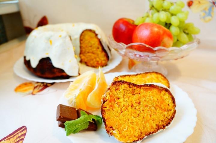 Морковно-апельсиновый кекс с курагой
