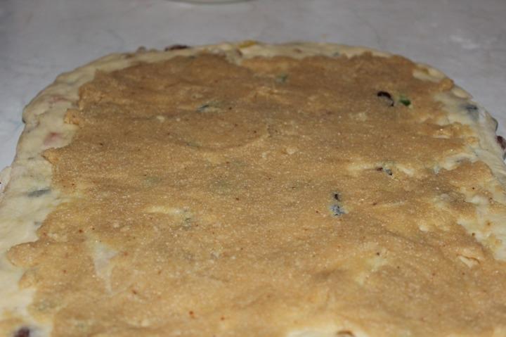 Штоллен с сухофруктами и марципаном